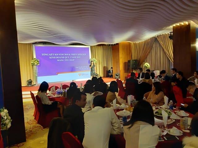nhà hàng tổ chức sự kiện tại hà nội