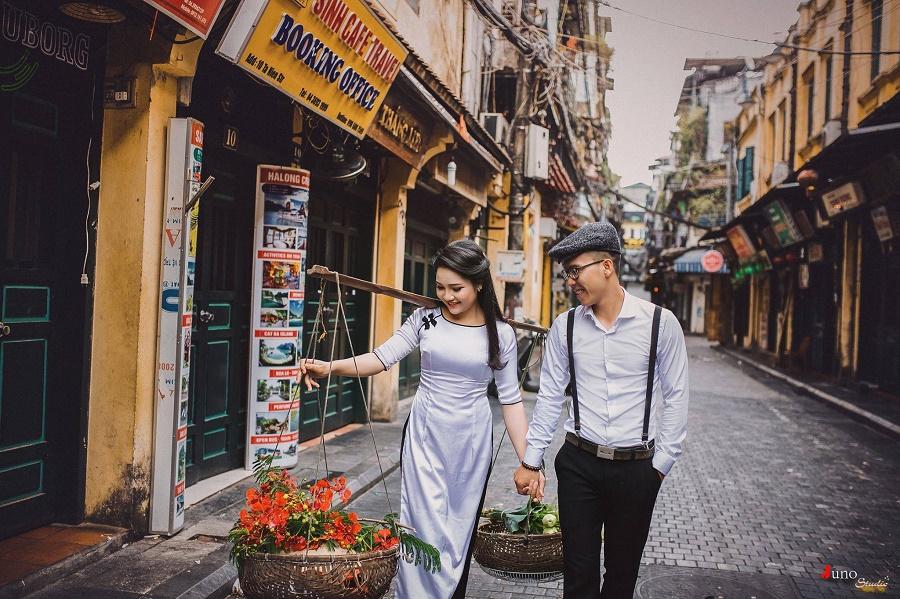 chụp ảnh cưới cổ điển, vintage tại phố cổ Hà Nội