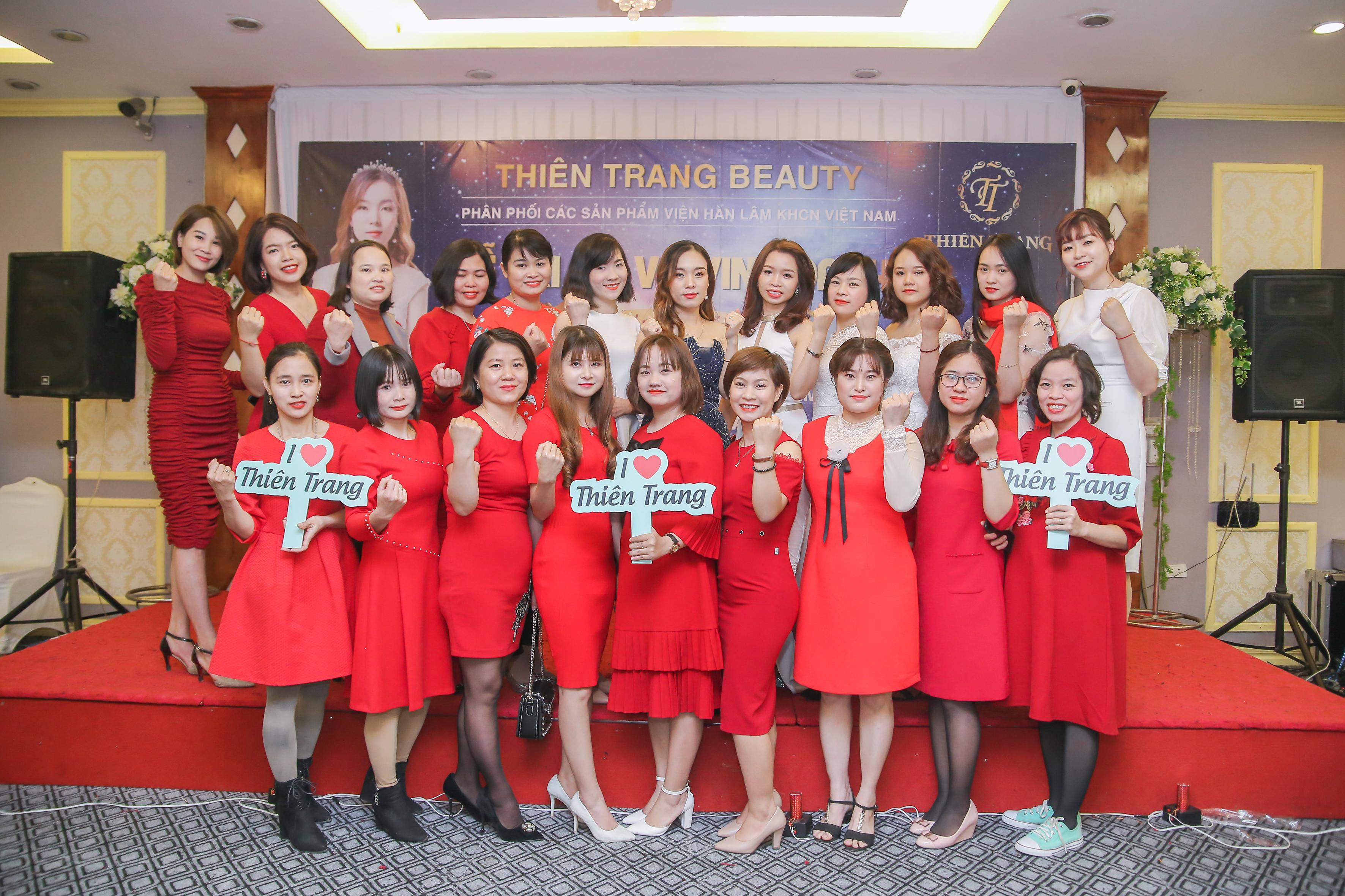 Tràng An Palace tổ chức tiệc vinh danh cho Thiên Trang Beauty