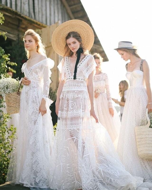 Váy cưới phong cách Bohemian
