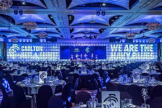 Không gian tổ chức gala dinner