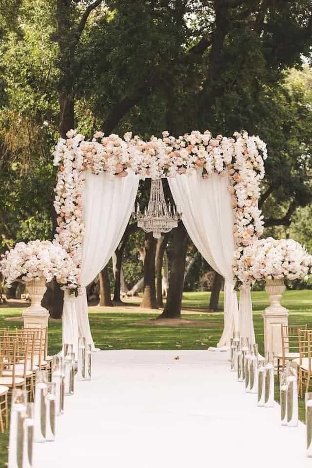 đặt cỗ cưới tại nhà